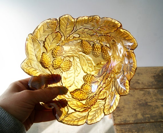 Glass dish Carnival glass, bowl amber colors, serving dish, serving dish, candy dish