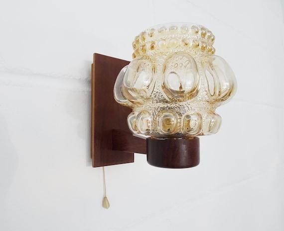 Wandlampe aus Bubble Glas bernsteinfarben und Teak, Mid Century Beleuchtung