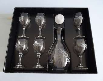 Carafe with six glasses by Valentina MKS Set Line
