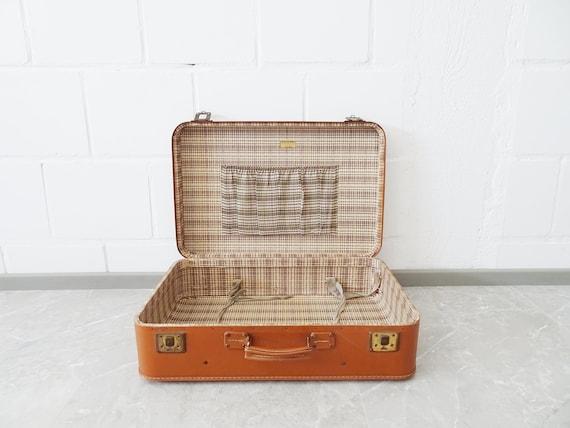 Suitcase cognac-colored, hard suitcase
