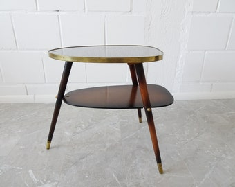 Tripod side table in Formica and wood with brass details
