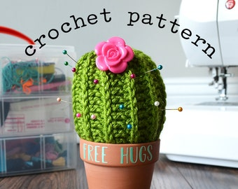 A cactus pincushion that uses Patons Extrafine Merino Cotton (DK ... | 270x340