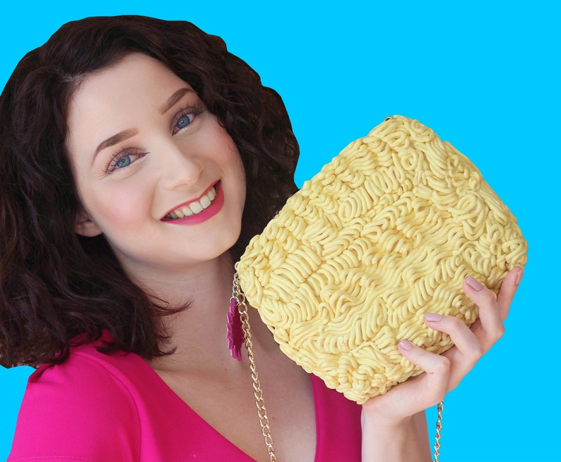 Noodles purse noodle fastfood junkfood foodporn foodpurse food image 0
