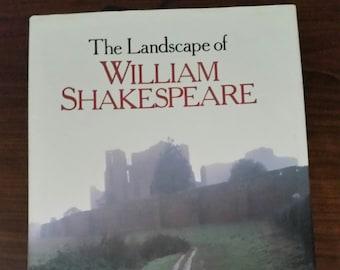 The Landscape of William Shakespear Book,  Micheal Jurstin Davis, Stratford upon Avon,Oxford,Elizabethan World,English History