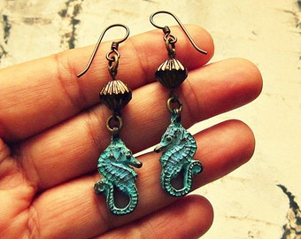 Patina Earrings With Seahorse Charms, Sea Horse Earrings, Seahorse Gifts, Sea Horse Jewelry, Beach Earrings, Beach Jewelry, Nautical Jewelry