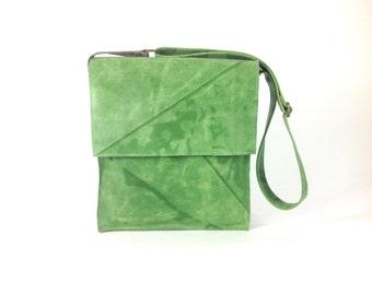 Green Messenger Bag, Green Leather Bag, Women's Cross body Bag, Messenger Bag, Green Leather Purse, Women's Satchel, Handmade B