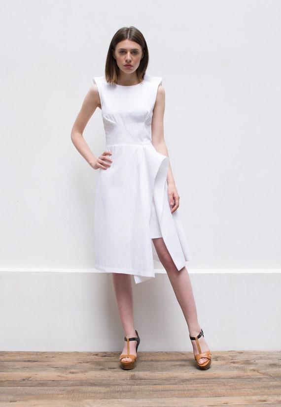 SALE 20% Off, Plus Size Dress, Designer Dress, White Midi Dress, Knee  Length Dress, White Dress, Sleeveless Dress, Minimalist Fashion