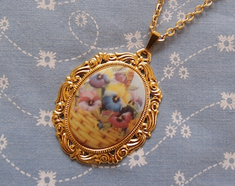 Pansy Basket Cameo Necklace