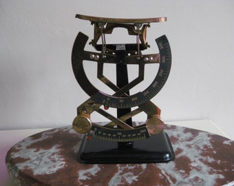 Vintage Dutch mechanical bilaterally postal scale,letter scale.