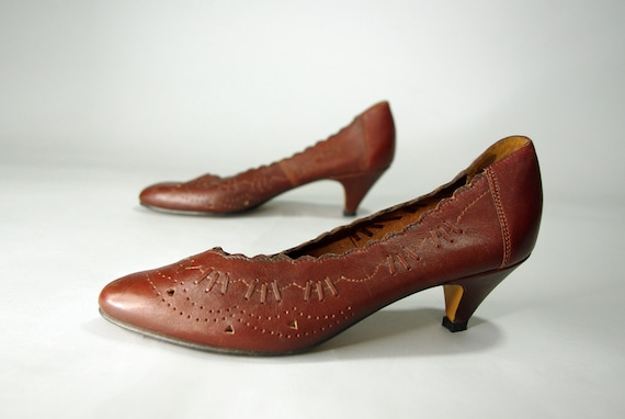 Vintage leather shoes 7.5 /  70's Womens Mahogany
