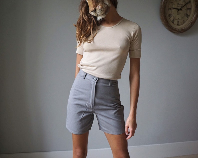 NOS 90s Light Gray Print Mini Shorts  Vintage Cotton Denim Safari Shorts W25
