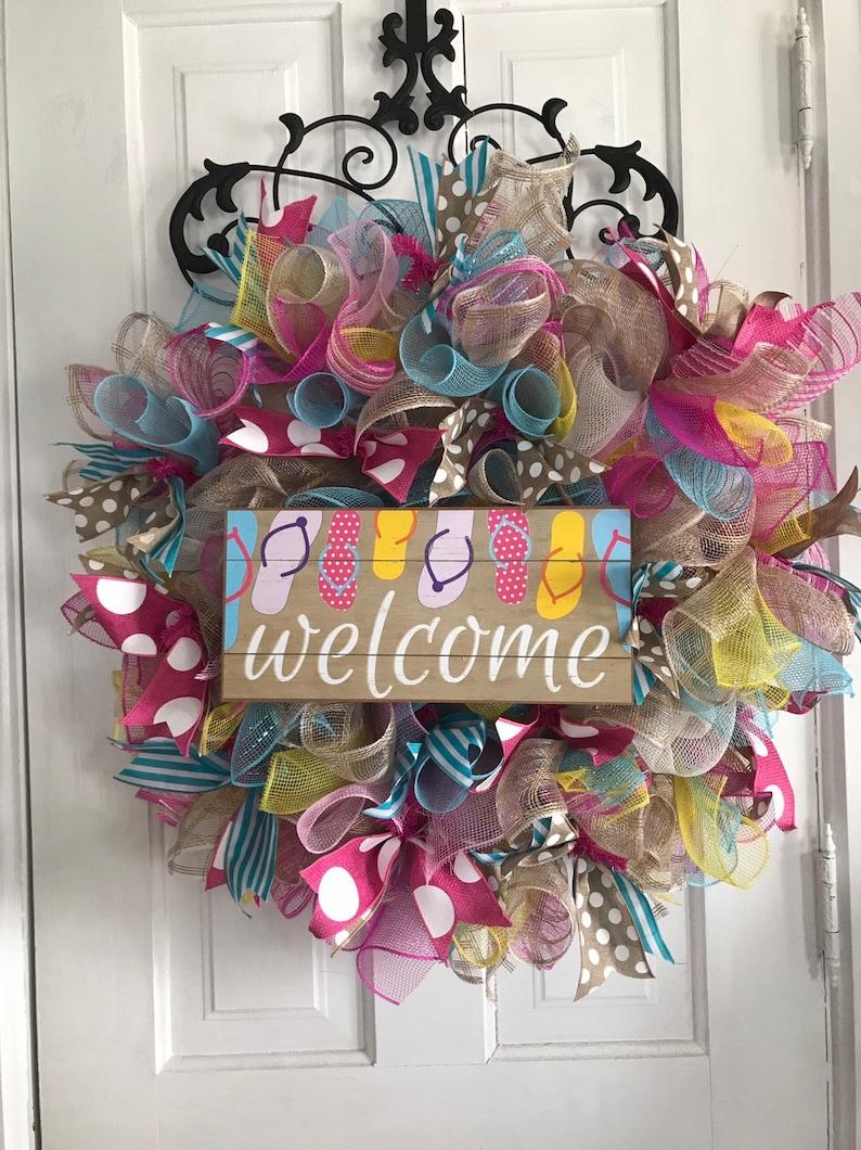 0f3d843fa4897 Spring Summer Wreath 24 welcome wreath flip flops