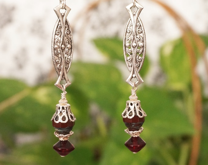 Free Shipping! Antique Style Dangle Earrings with Burgundy Czech Beads