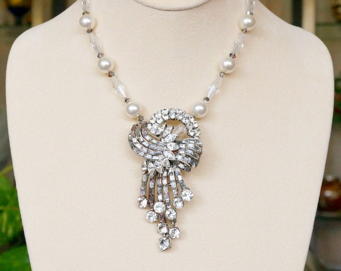 Free Shipping! Bridal Necklace made with Upcycled Vintage ART DECO Rhinestone Brooch and Swarovski Pearl and Crystal Necklace