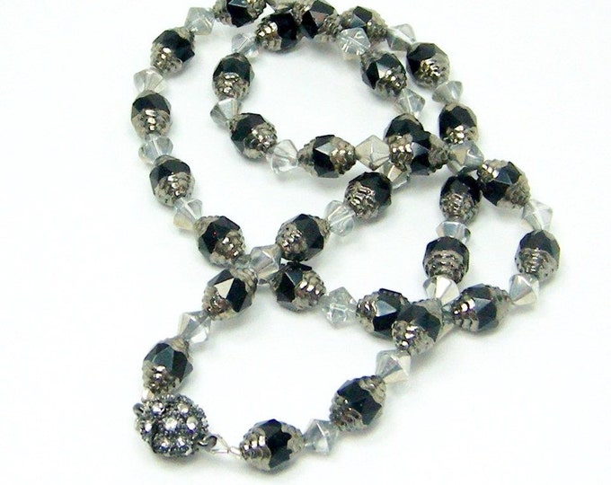 Free Shipping! Exquisite Black and Silver Czech Crystal Necklace with Rhinestone Magnetic Clasp