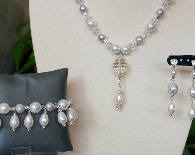 Free Shipping! Bridal Set with White Swarovski Pearls and Checkerboard Crystal Pendant-Earrings-Bracelet