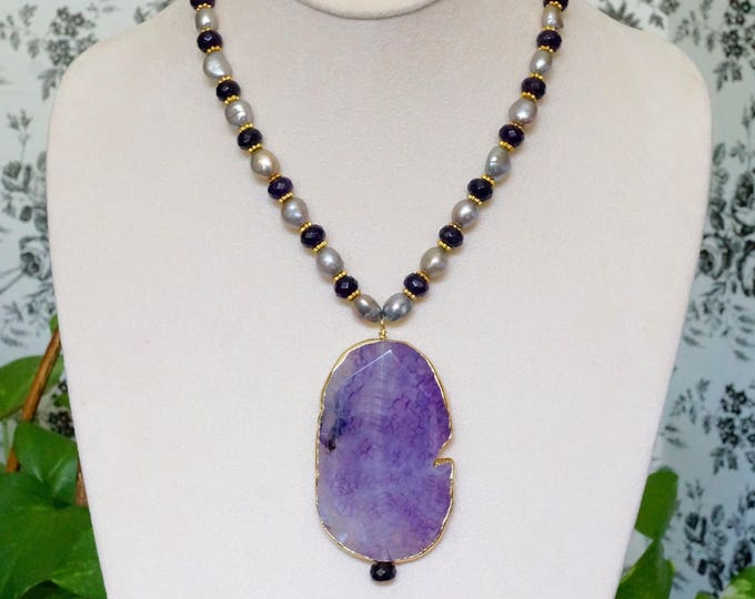 Free Shipping! Purple Agate Pendant Necklace with Freshwater Pearls and Amethyst