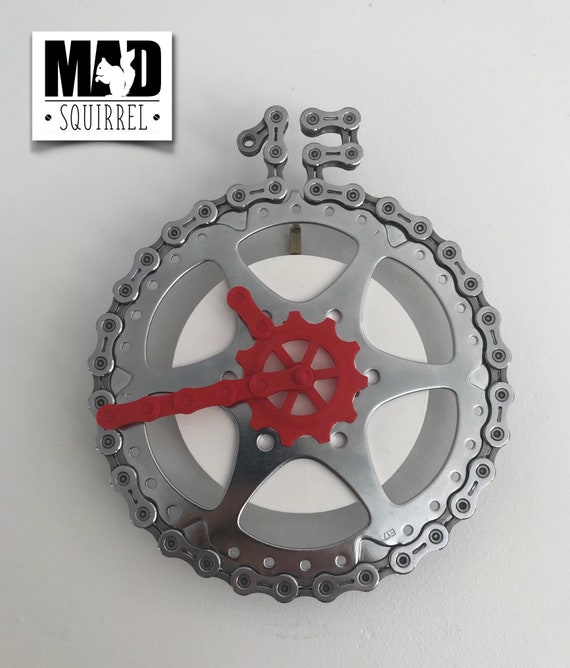 Sprocket and Chainlink Clock, with white face and red hands