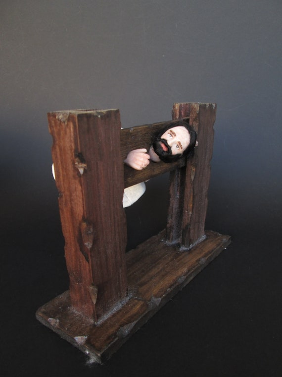 Casa de muñecas pequeñas Tudor//Alfombra//Alfombra Rectangular medieval tusr 01