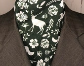 Hunter Green and White Woodland Animals and flowers Four Fold Stock Tie with Foxes, Foxhunting Stock Tie, Traditional Four Fold Stock Tie
