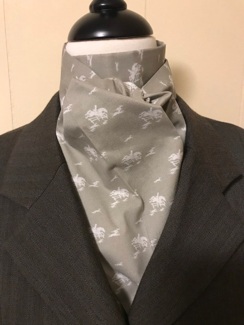 Four Fold Stock Tie Foxhunting Traditional Stock Tie white image 0
