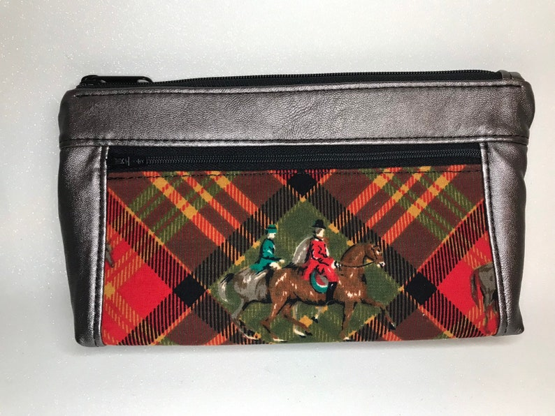 Rose smoke faux leather with foxhunt horses and riders. Zipper image 0