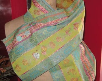 """Resin """"Brocade of formerly"""" scarf with buttons"""