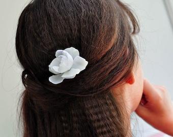 White peony flower hair pins bridal accessories flower gift bridal hair clip floral hair piece Bridesmaid hair flower girl small white roses