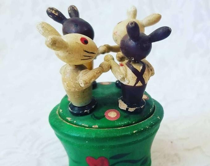 Antique Erzgebirge Handmade Wood Rabbit Bunny Trinket Box ~ Vintage German Christmas Decor ~ Holiday Treasure ~ Heirloom