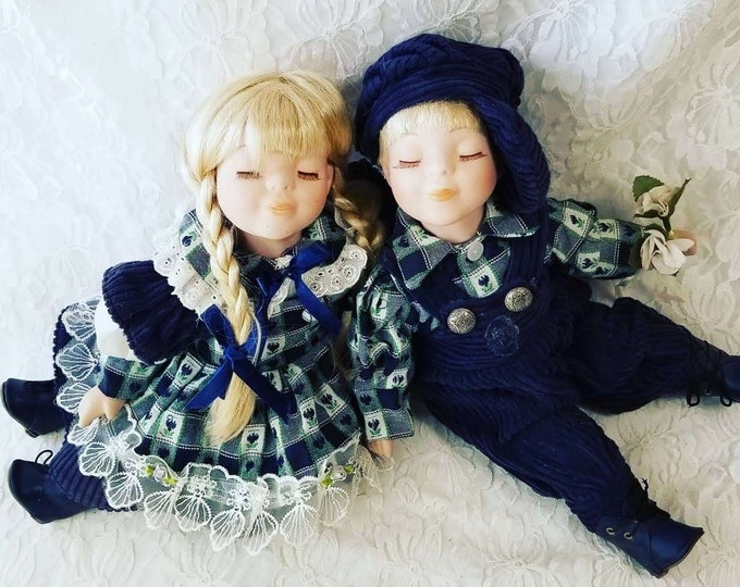 "Vintage Collectible Dolls ~ Set of Two (2) 14"" Kissing Dolls ~ Porcelain Boy and Girl Dolls ~ Country Chic ~ Rustic Farmhouse Decor"