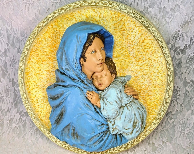 """Madonna and Child ~ HUGE 16"""" Round Virgin Mary with Baby Jesus ~ Wall Hanging ~ Plaster ~ Heavy ~ Church or Altar Decoration"""