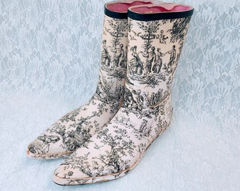Tamara Henriques Toile Kitten Heel Rubber Boots ~ Used ~ Vintage ~ Size 39 Size 8.5US