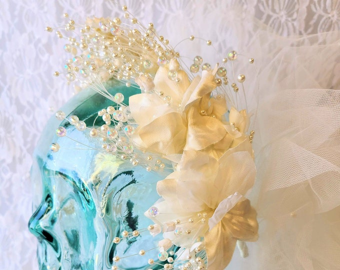 Vintage Amazing 1980s Beaded Pearl Bridal Veil ~ Luxury Handmade Wedding Headpiece ~ Headband Wedding Bridal