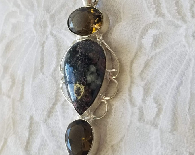 Jasper Pendant with Smokey Quartz ~ Sterling Silver ~ Marked 925 ~ Healing Stone ~ Crystal Healing ~ Free Ship USA