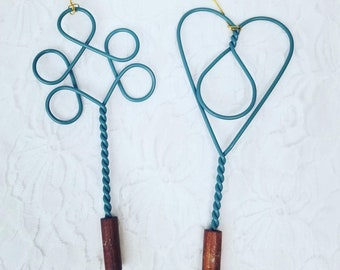 """One Metal 4.5"""" Metal Primitive Country Trim Rug Beater ~ For Crafts ~ Dolls ~ Floral Picks ~ Rustic Crafting ~ Chose Style"""