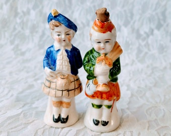 Vintage MCM Collectible Scottish Highlanders Salt & Pepper Shakers ~ Enameled Bisque ~ Hand Painted ~ Made in Japan 1950s