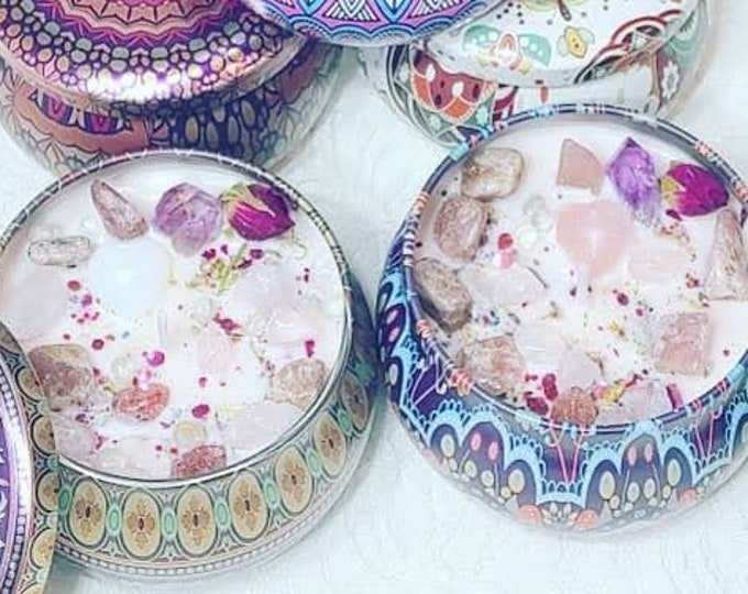 Love Spell Candles! Lidded Metal Containers Smells DELICIOUS ~ Spellcast Soy Wax Candle & Crystals ~ Heart Shaped Crystals!