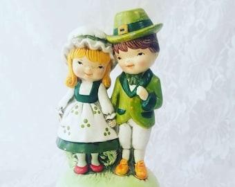 "Antique 1950's Norcrest Irish Couple Music Box ~ Great Condition ~ Plays ""When Irish Eyes Are Smiling"" ~ Fantastic Irish Gift"