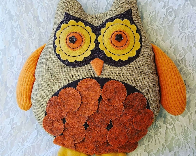 Retro! True Vintage 1970s OWL Stuffed Animal with Loop on Back for hanging on Wall