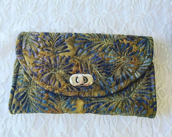 Handmade AMAZING Quilted Sewn Wallet ~ Holds Cards, Checkbook, Zippered Compartment for Change and Clear Pocket for ID