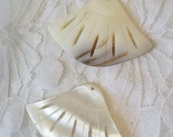 DESTASH Lot of 2 Matching Carved Shell Pendants ~ Jewelry Making Supplies ~ Fan Shaped Accent Pieces ~ Wire Wrapping ~ Make Earrings