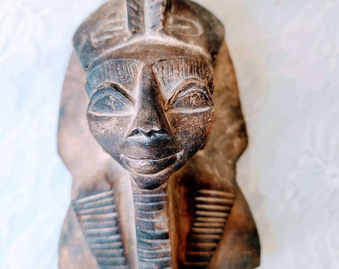 """Tutankhamun Figurine ~ Carved Soapstone Sculpture 4.5"""" by 3.5"""" by 2.5"""" ~ Perfect for Altarpiece ~ Egyptian Magick Decoration"""