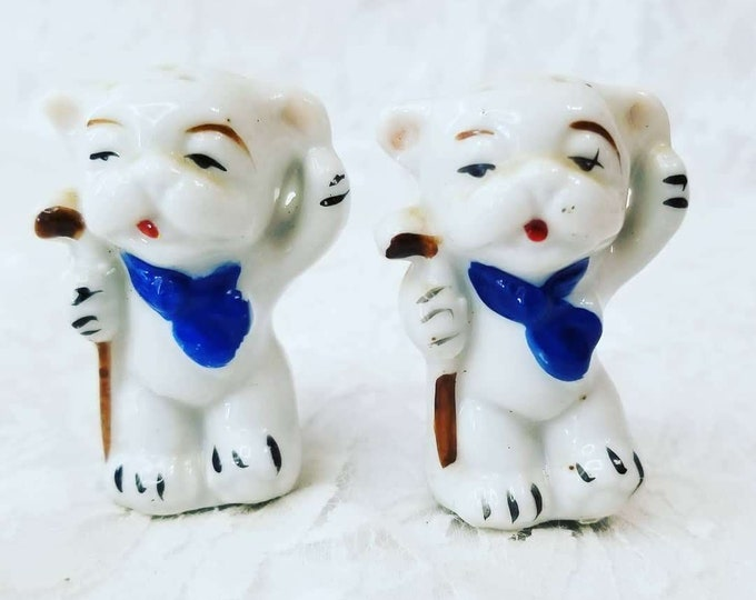 Japanese Bonzo Foo Dogs Salt & Pepper Shakers ~ Enameled Bisque ~ Hand Painted ~ Made in Japan 1950s