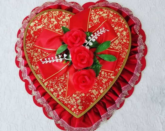 """LARGE 14"""" Vintage 1969 Barricini Chocolate N.Y. Valentine Candy Box Valentine Heart Box ~ Includes Card from 1969 ~ FREE Ship USA"""