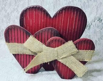 Vintage Handmade Primitive Folk Art Wood Heart ~ Napkin Holder? ~ Valentine's Day home Decorations