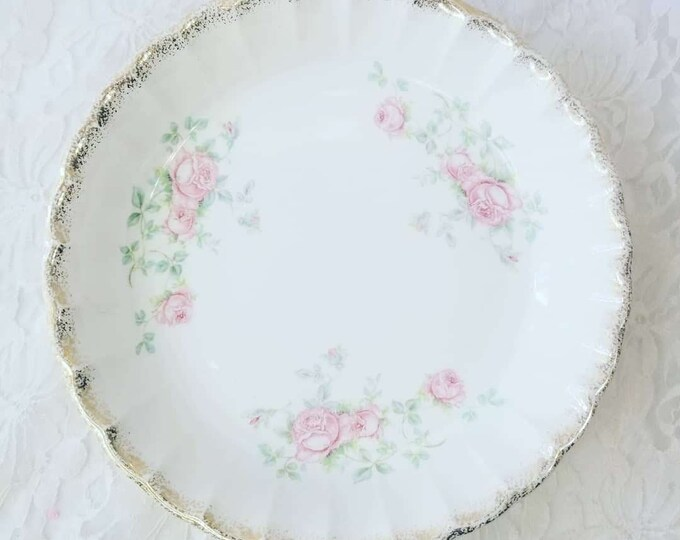 """Antique 1940s W.S. George Bolero 590-D Large Round Serving Bowl Roses 7.75"""" ~Gift for Grandmother ~ Gift Idea"""