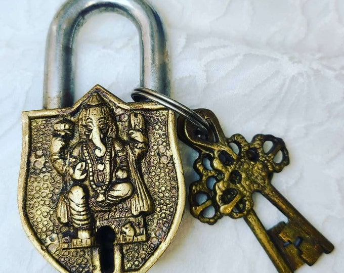 No Reserves ~ Lord Ganesh Lock and Keys!  OOAK Brass Lock and 2 Keys ~ Both Sides Decorated ~ Heavy Brass ~ Amazing Detail