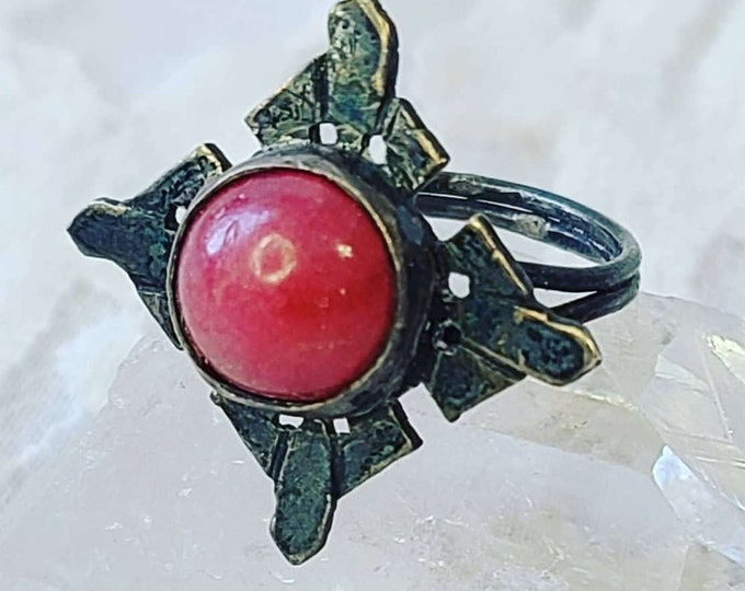 Very Old 1976 Rhodochrosite Ring ~ Size 5 ~ Sterling Silver Plated? Unmarked ~ Crystal Healing ~ Seeker Stone ~ New Beginnings ~ Aura