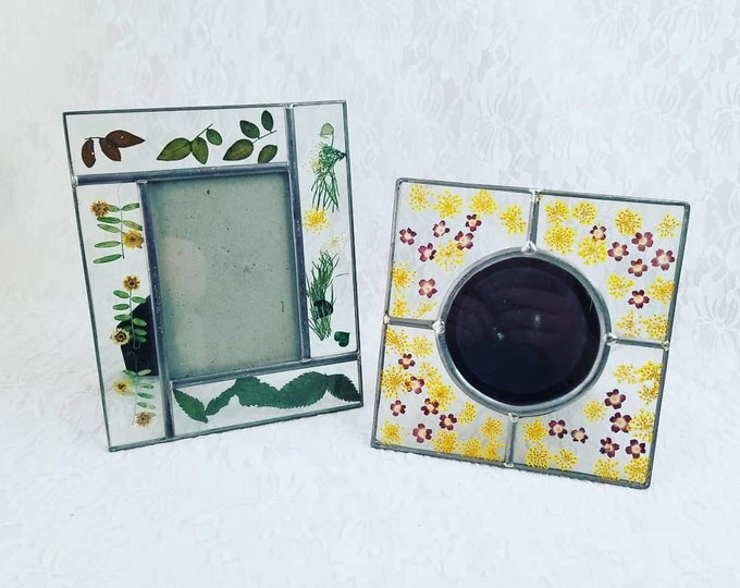 Set of Two Pressed Flower Botanical Glass Photo Picture Frames ~ Fill with Pics for Mother's Day