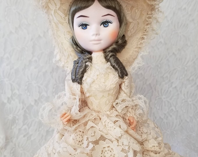 """Vintage Bradley Stockinette Musical Doll ~ Collectible Figurine ~ 12"""" Doll ~ She Plays """"I will never fall in love again"""""""